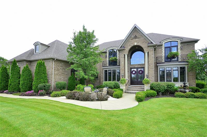 Luxury Home in Tanglewood Hills, Batavia IL 60510