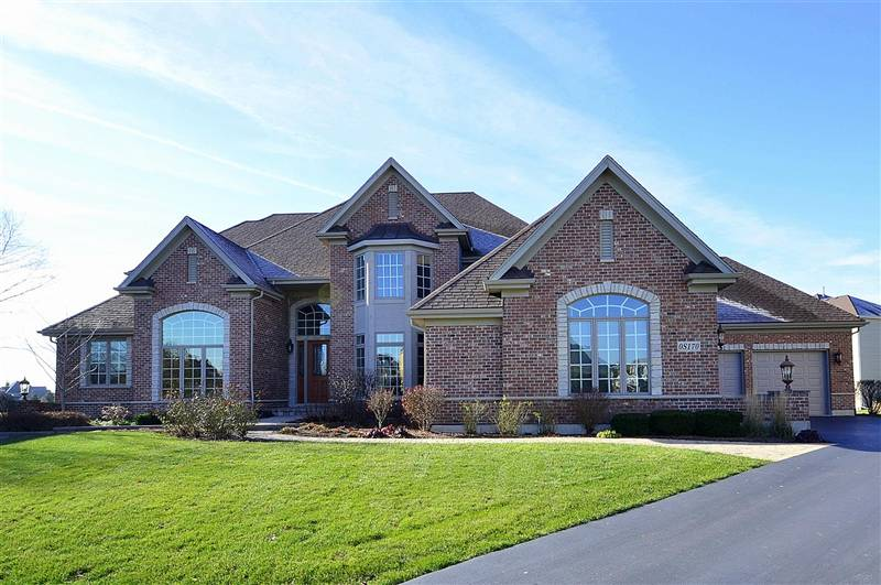 Luxury Home For Sale in Geneva IL